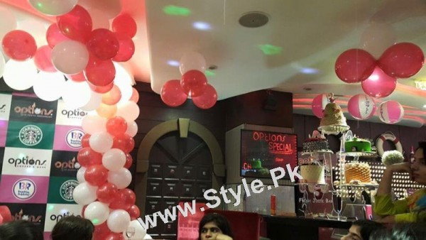 Film Star Saima Noor's Birthday Celebrations (15)