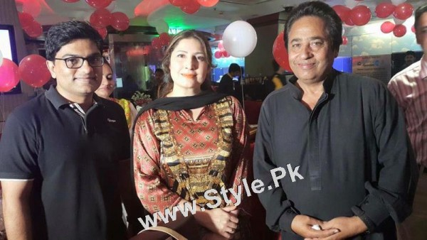 Film Star Saima Noor's Birthday Celebrations (7)
