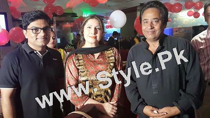 Film Star Saima Noor's Birthday Celebrations (8)