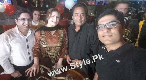 Film Star Saima Noor's Birthday Celebrations (9)