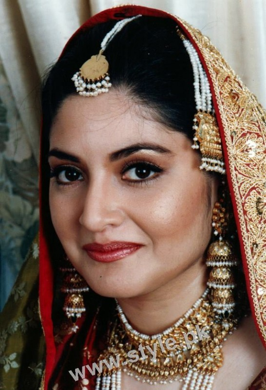 See Late Nazia Hassan's Wedding Pictures