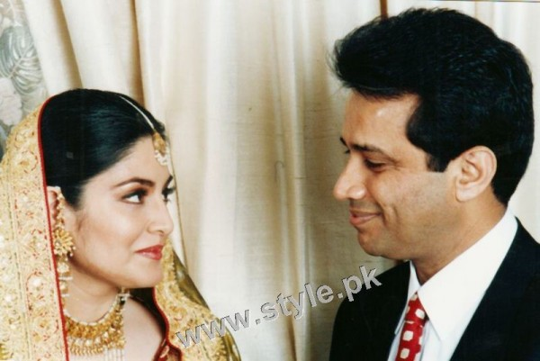 Late Nazia Hassan's Wedding Pictures  (12)