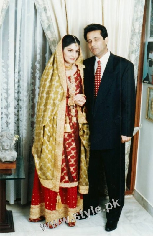 Late Nazia Hassan's Wedding Pictures  (7)