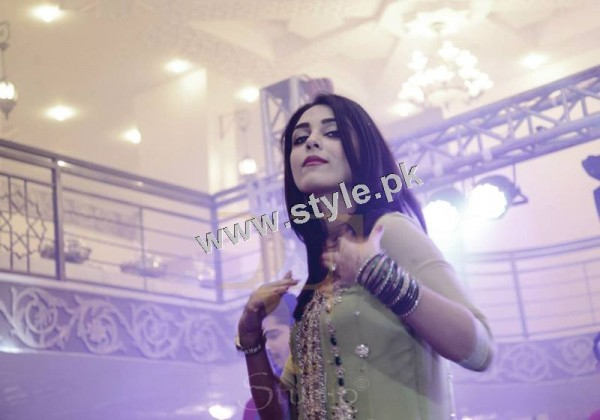 Maya Ali Rocking the dance floor on Mukarram's Mehndi (3)