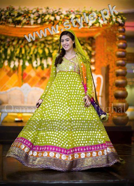 Mehndi outfits 2015 to wear on your big day (10)