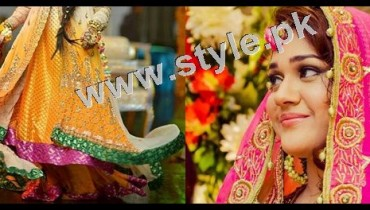 See Mehndi outfits 2015 to wear on your big day