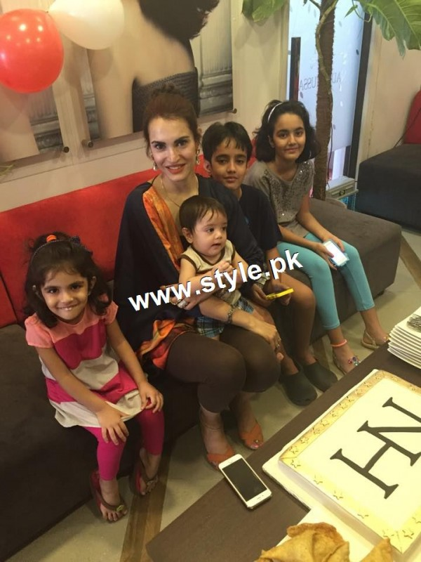 Nadia Hussain Celebrated first anniversary of Nadia Hussain Salon (3)