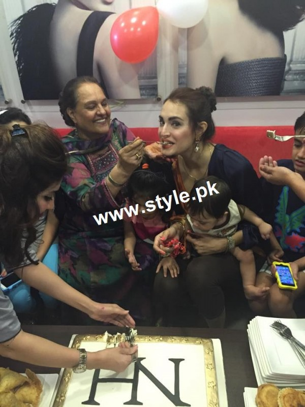 Nadia Hussain Celebrated first anniversary of Nadia Hussain Salon (6)