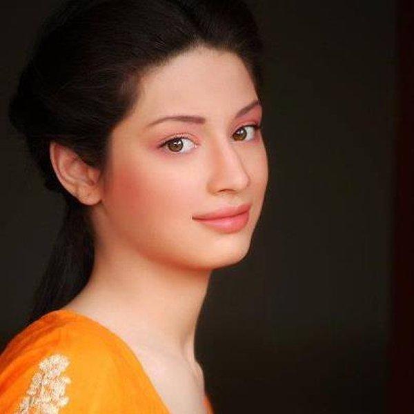 Pakistani Actress Sidra Batool Profile And Pictures002