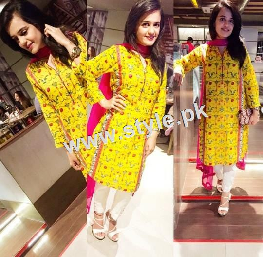 Pakistani Celebrities who look stunning in yellow 2