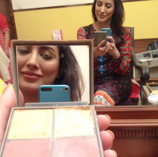 See Pakistani Celebrities who use No makeup kit by Nabila Salon