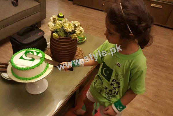 Pictures of Celebrity Kids on Independence Day 2k15 (8)