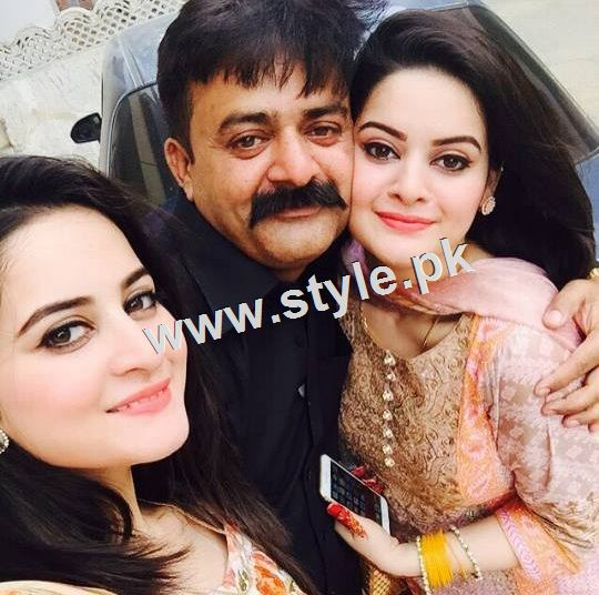 Pictures of Pakistani celebrities with their fathers 15