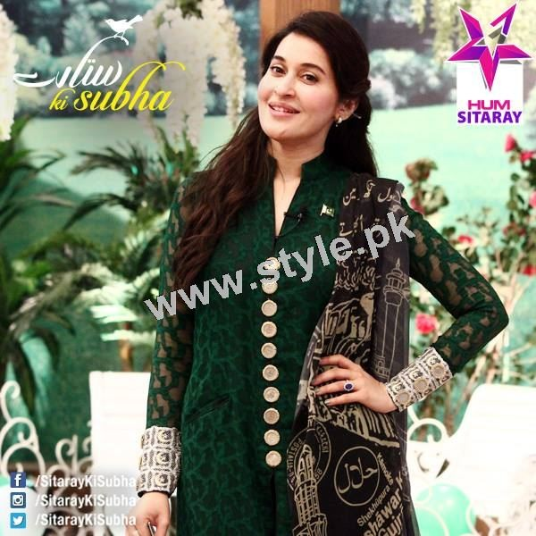 Shaista Lodhi's first appearance as a host after her arrest warrants (3)