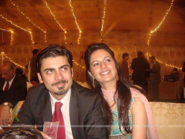 Top 5 Famous Wives 2015 Of Pakistani Actors002