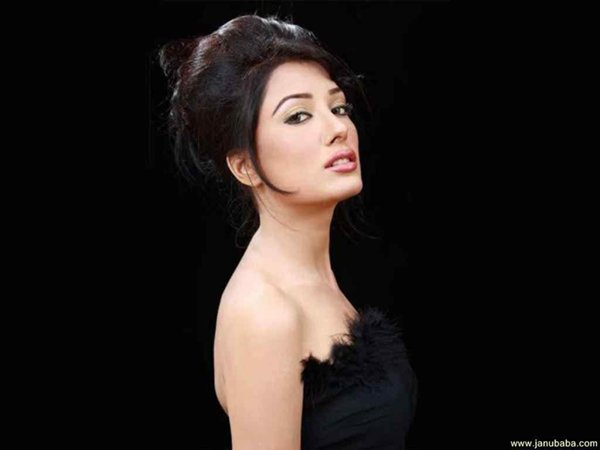Which Pakistani Actresses Are Famous For Bold Roles004