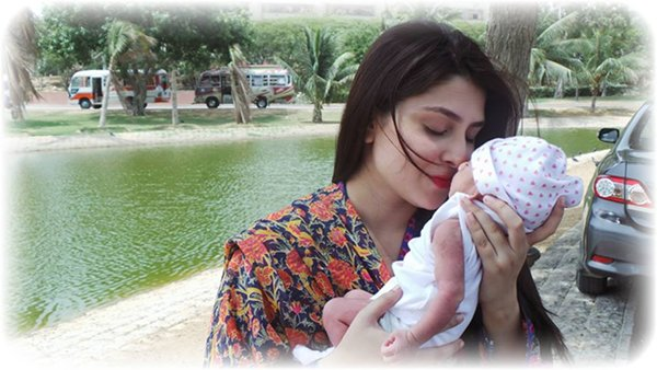 Which Pakistani Actresses Become Mothers Of Little Angles001