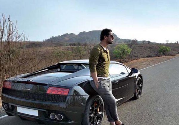 We Have This Too Hot Hunk Who Has Also Been The Fan Of Buying Expensive Cars .