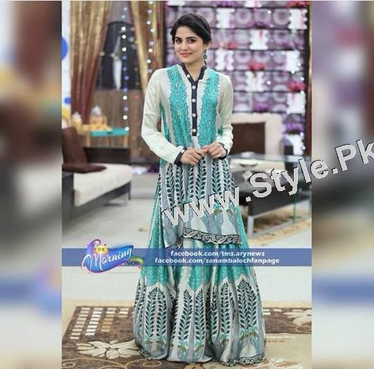 Best dressed Morning show hosts on Eid ul Adha 2015 (4)