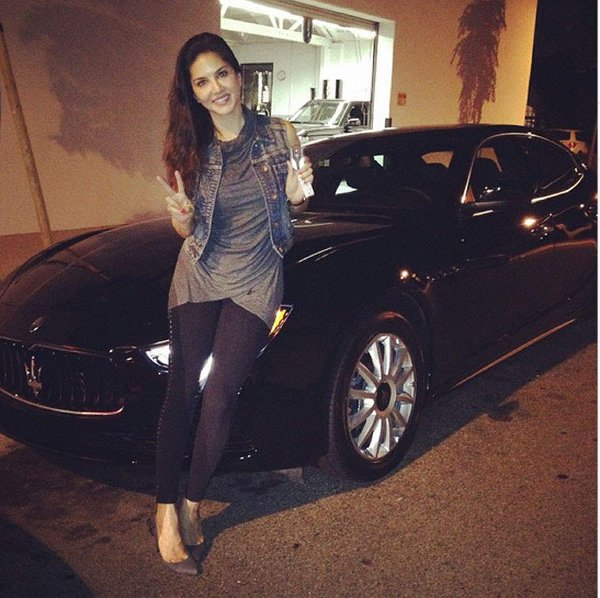 Bollywood Actresses And Their Car Obsession001