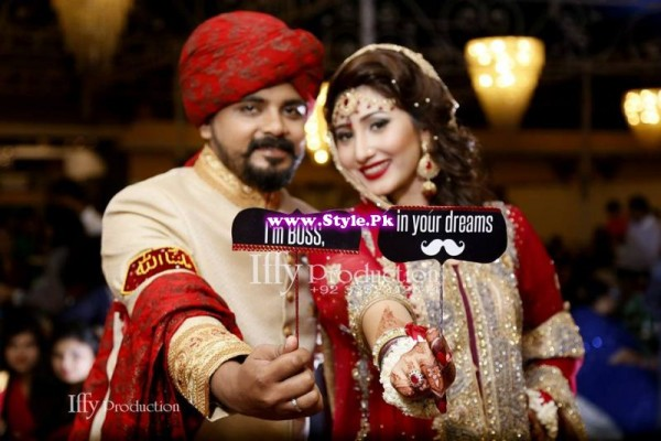 Complete Wedding Photo shoot of Actress Pari Hashmi (12)