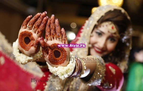 Complete Wedding Photo shoot of Actress Pari Hashmi (16)
