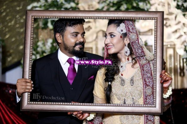 Complete Wedding Photo shoot of Actress Pari Hashmi (24)