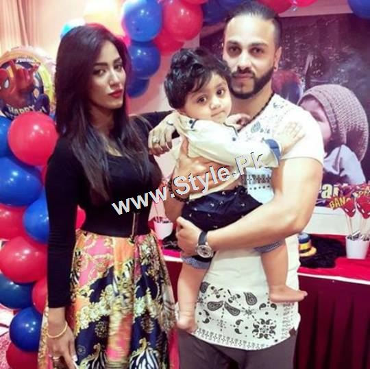 Mathira Celebrating her son's first Birthday (2)