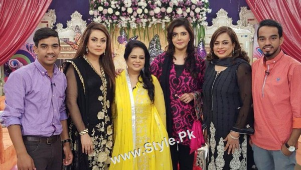 Sadia Imam Celebrated her daughter's birthday in Good Morning Pakistan (5)