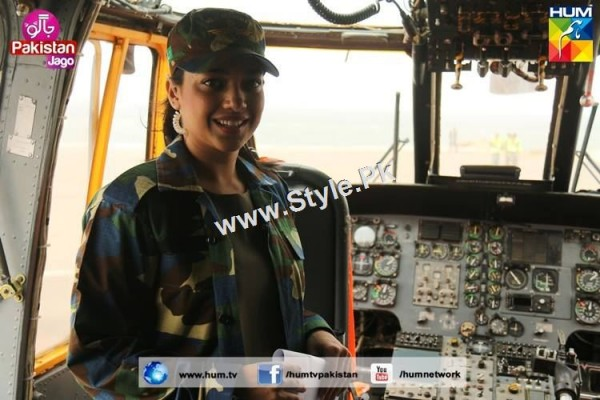 Sanam Jung's look for Defence Day 2015 (23)