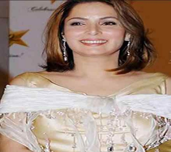 Which Pakistani Actresses Looks Beautiful In Short Hair002