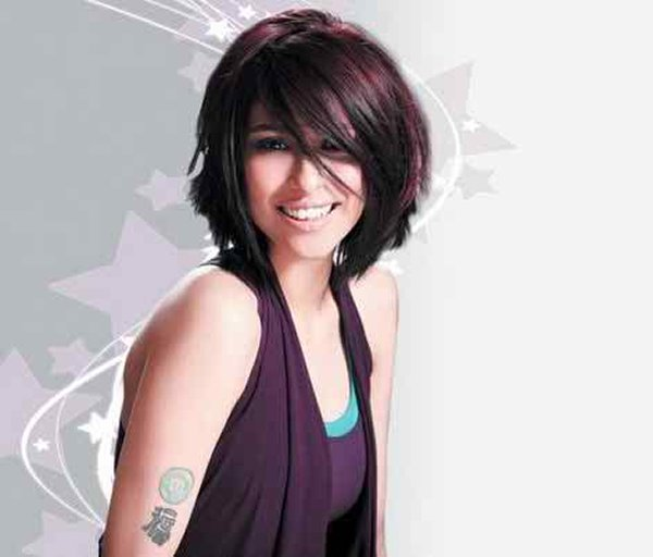 Which Pakistani Actresses Looks Beautiful In Short Hair006