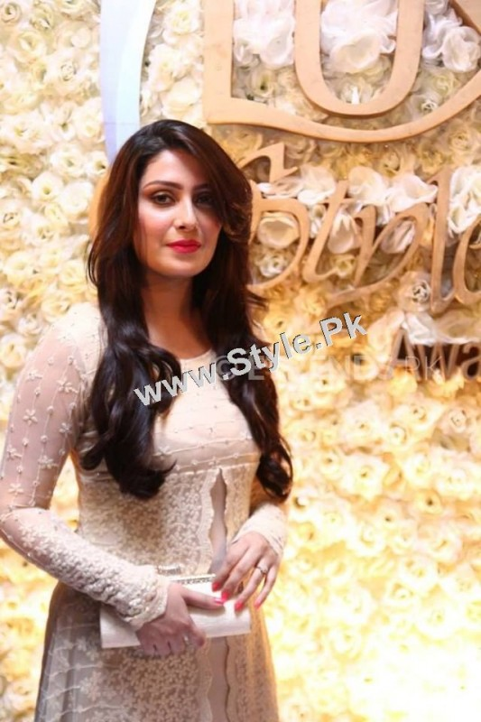 Celebrities who looked best at Lux Style Award 2015  (10)