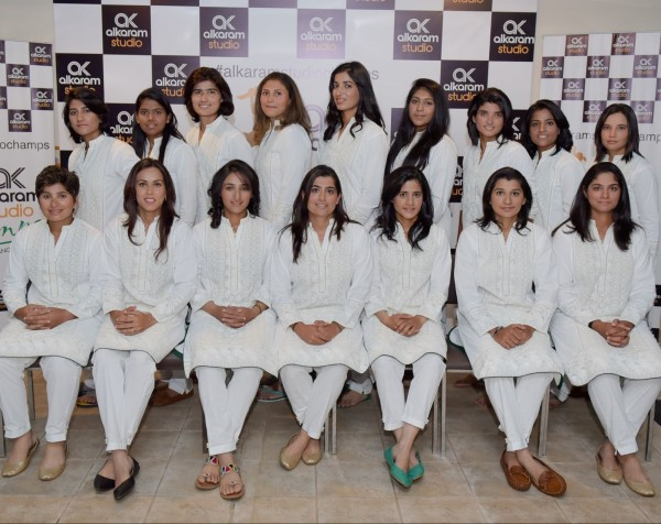Pakistan Women's Cricket team gets stylish with Designer Kurtas (5)
