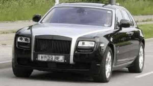 Pakistani Politicians And Their Expensive Cars002
