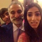 Pakistani Politicians Fond Of Taking Selfies009