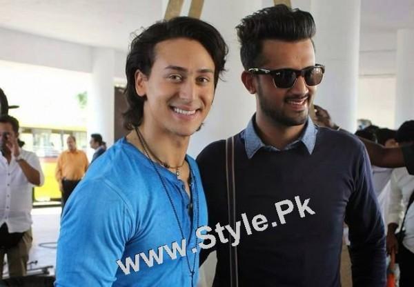 See Pakistani Superstars with Bollywood Superstars