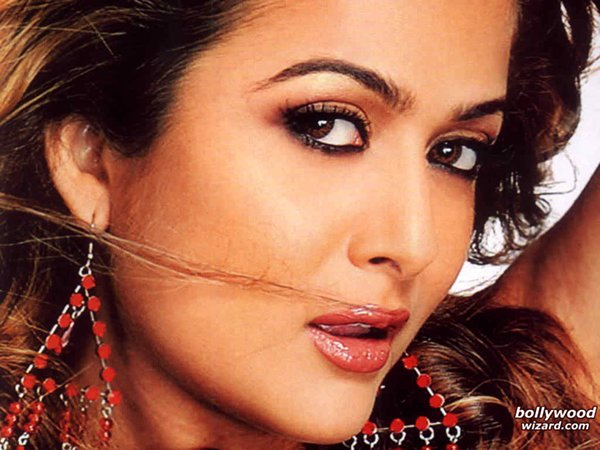 Top 5 Failed Sisters Of Bollywood Actresses001