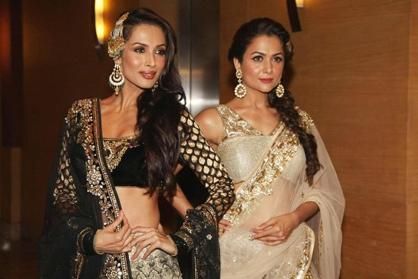 Top 5 Hottest Real Life Bollywood Sisters004