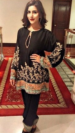 Trend of Shalwar is officially back (2)
