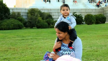 See Veena Malik Enjoying with her Family in USA