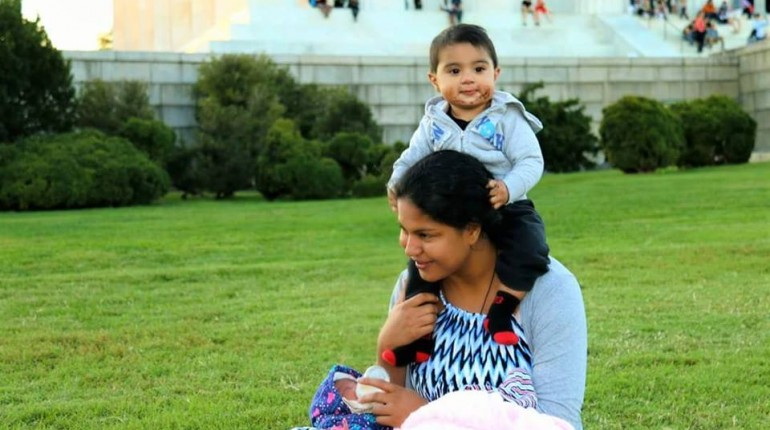 See Veena Malik Enjoying with her Family in USA