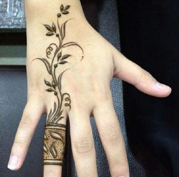 2016 stylish mehndi design