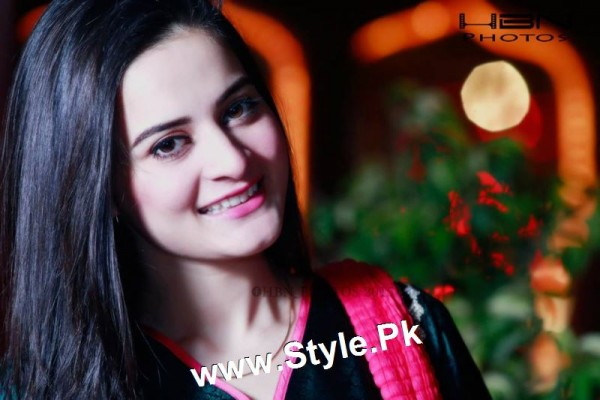 Birthday Celebrations of twins celebrities Aiman Khan and Minal Khan (15)