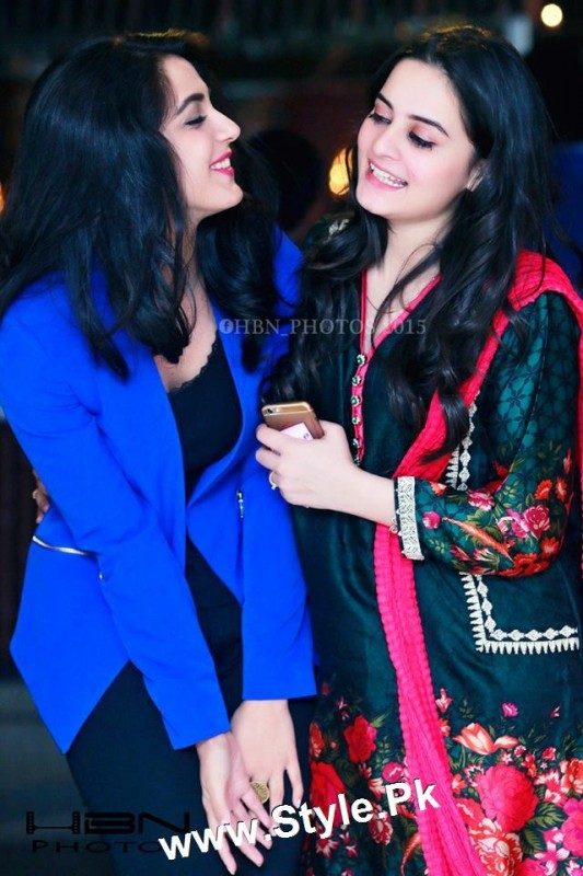 Birthday Celebrations of twins celebrities Aiman Khan and Minal Khan (19)