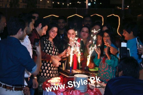 Birthday Celebrations of twins celebrities Aiman Khan and Minal Khan (21)