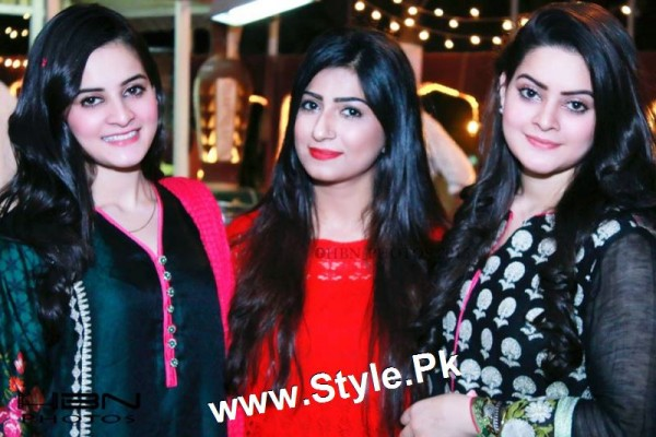 Birthday Celebrations of twins celebrities Aiman Khan and Minal Khan (23)