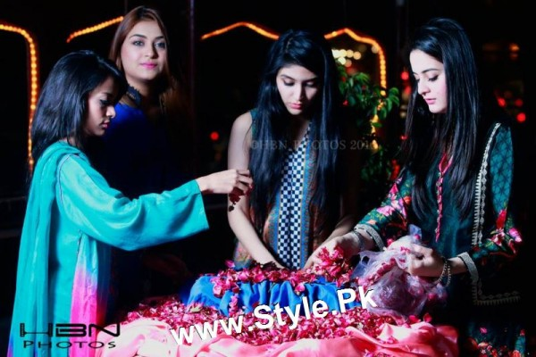 Birthday Celebrations of twins celebrities Aiman Khan and Minal Khan (26)
