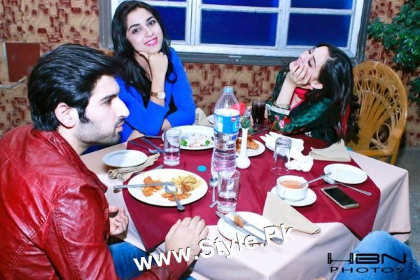Birthday Celebrations of twins celebrities Aiman Khan and Minal Khan (9)