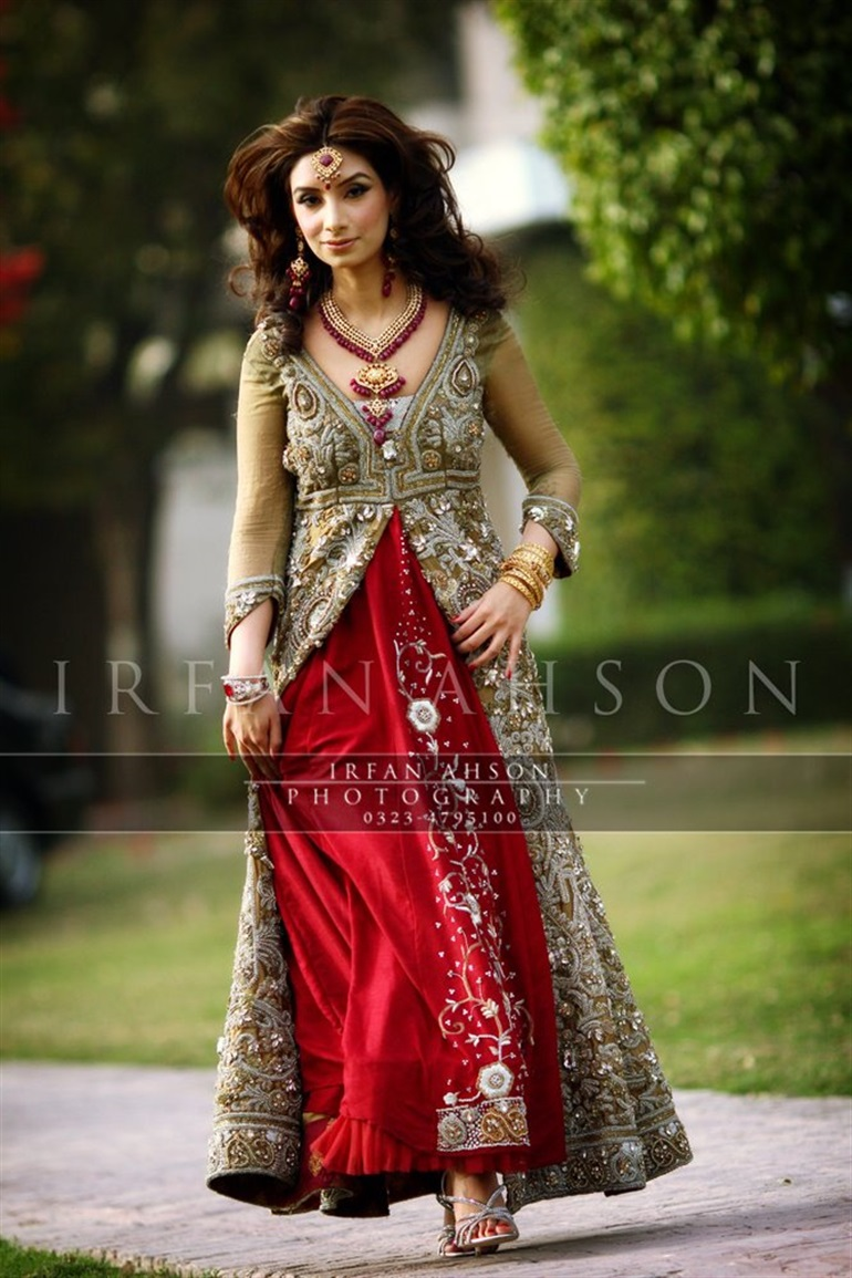 23 Innovative Women Dresses In Pakistan